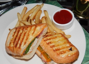grilled.chicken.panino