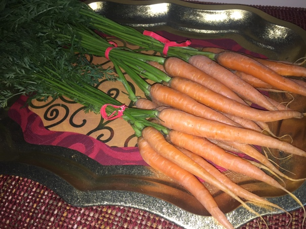 carrots-on-tray